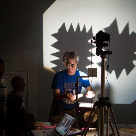 Gary Schwartz live animation at Detroit Design Fest