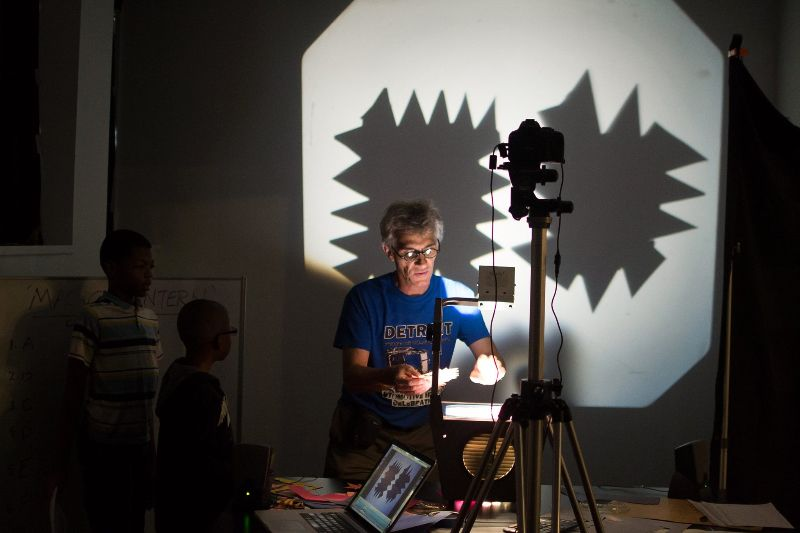 Gary Schwartz live animation at Detroit Design Fest